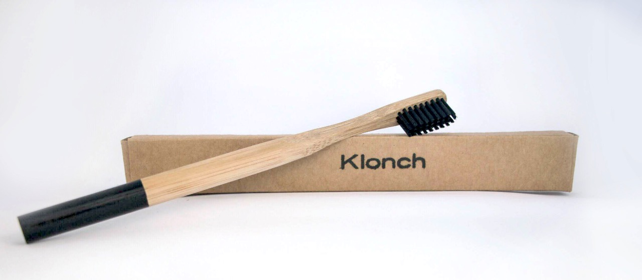 Cepillo de Dientes de Bambú y Carbón Activado